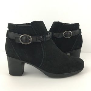 Clarks Bendables Suede Ankle Boots